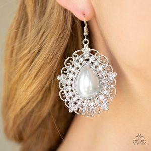 ❤️Incredibly Celebrity Earrings